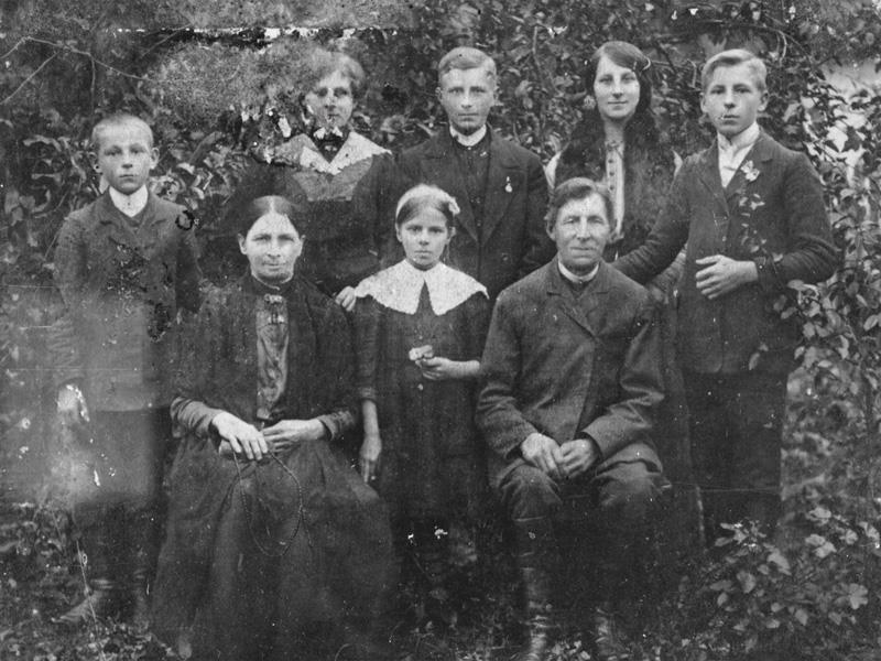 Michał + Marianna Batorowicz und Kinder ca.1916
